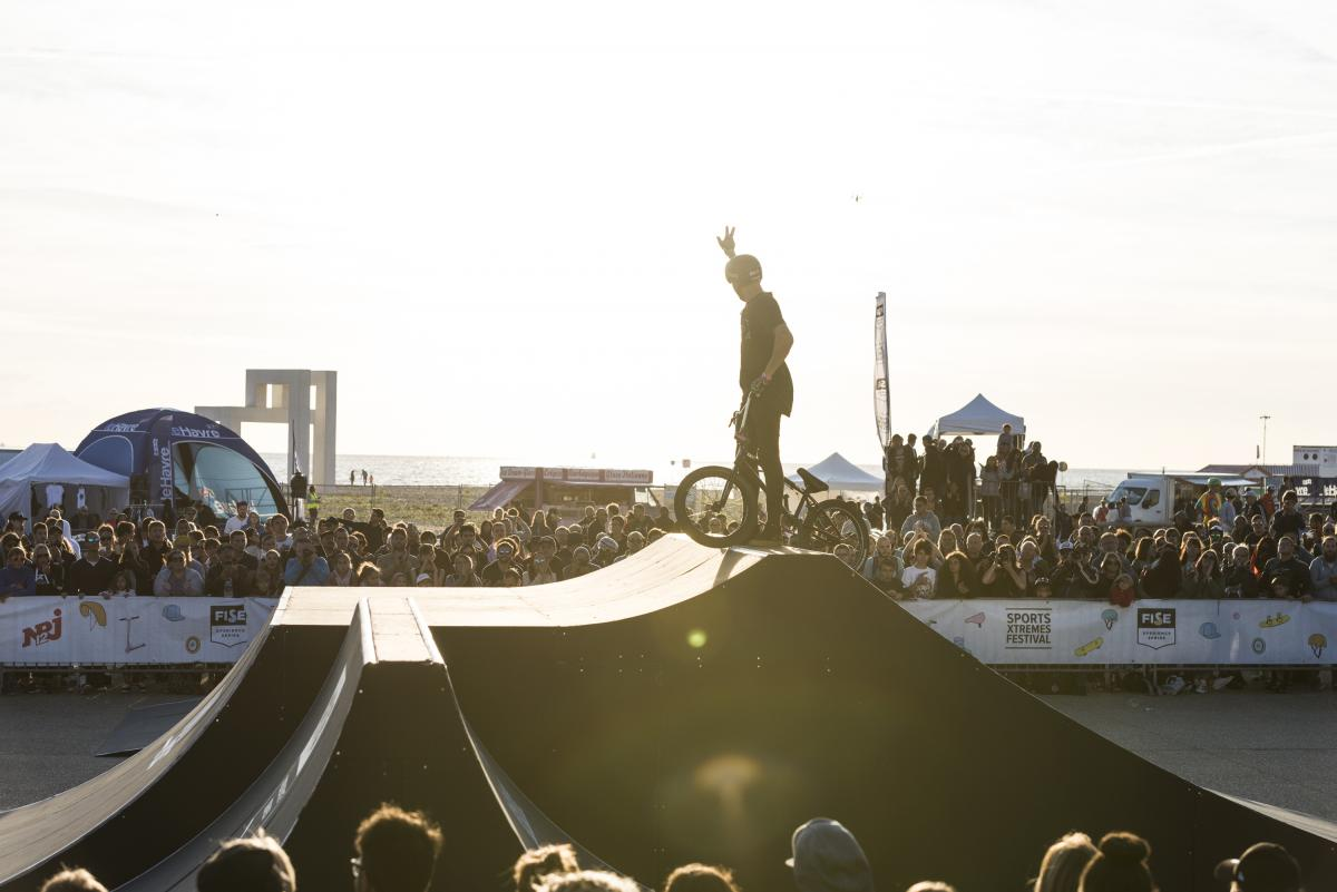 Fise Xperience Series