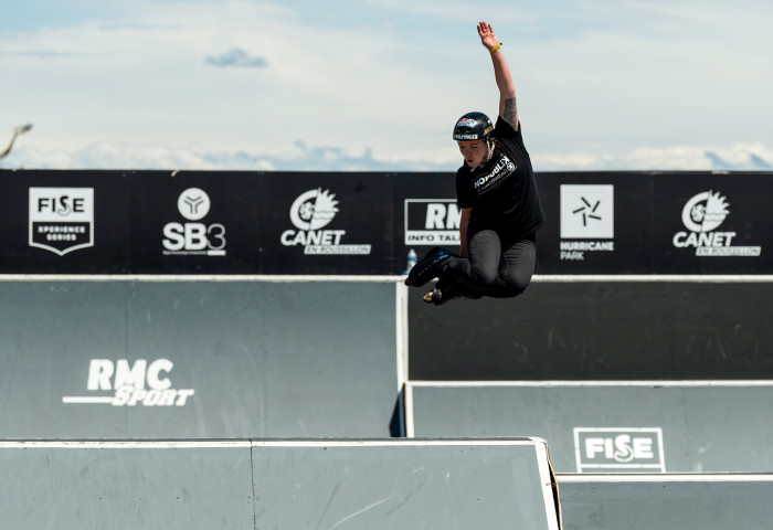 Amandine Condroyer surprend le contest de Roller Freestyle Park